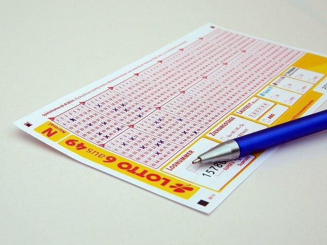 Gewinnwahrscheinlichkeit - Lotto